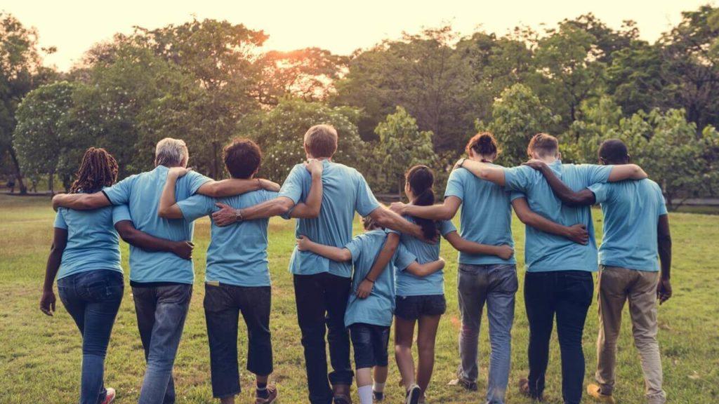 image of volunteers from Volunteering Australia